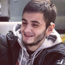Анис Сафаров